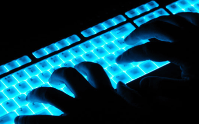 ¿Cómo logra un hacker descifrar mi contraseña?